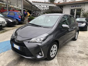 TOYOTA YARIS 1.0 5 PORTE BUSINESS 69CV